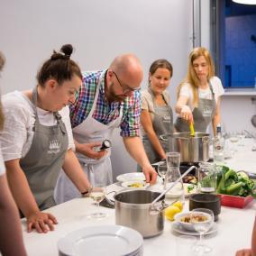 warsztaty kulinarne, Barrtek Kieżun, Menora InfoPunkt, Krakowski Makaroniarz