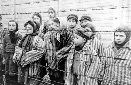 Dzieci ocalone z Auschwitz