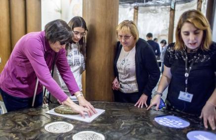 Muzeum POLIN, spacer po wystawie, spacer z przewodnikiem, spacer dla niewidomych