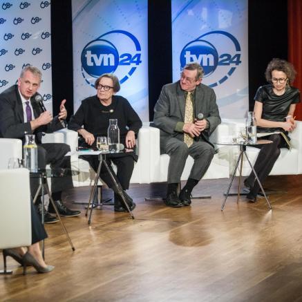 Historia jutra - spór o pamięć, fakty i fikcję w czasach internetu - debata na 60. urodziny Wydawnictwa ZNAK