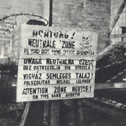 KL Warschau, tablica ostrzegawcza, Wiki Commons