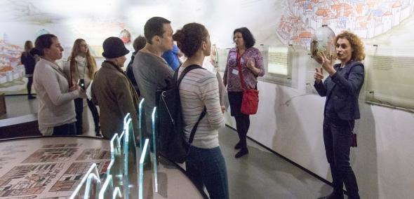 Muzeum POLIN, spacer po wystawie, spacer z przewodnikiem, spacer dla Głuchych