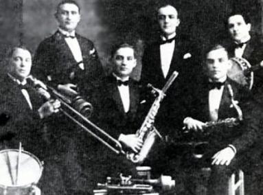 Orkiestra Petersburskiego, Golda i Englarda