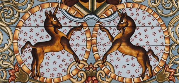 zdjęcie ilustracyjne - Rekonstrukcja dachu synagogi w Gwoźdźcu wykonana we współpracy z Handshouse Studio.