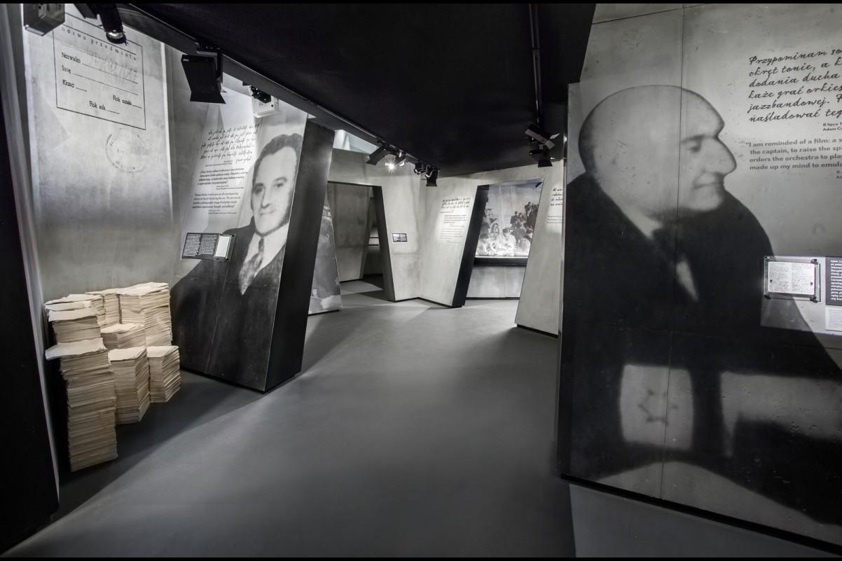Zdjęcie z Galerii Zagłada na wystawie
